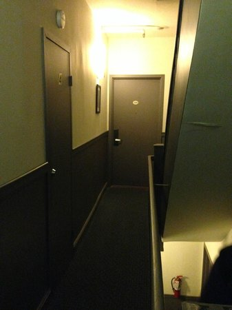 414 Hotel: Corredor