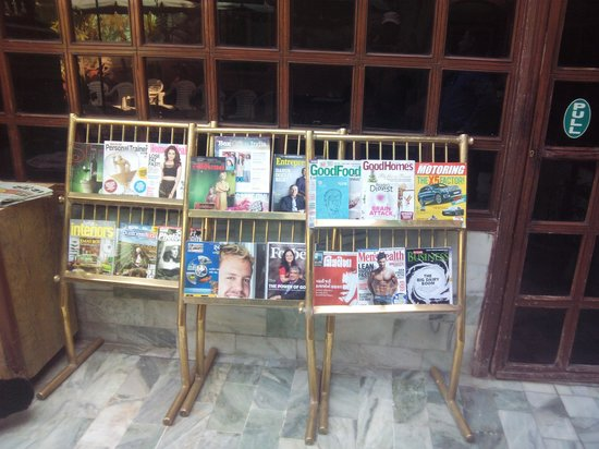 Gopi Dining Hall : Book Stall to keep you busy while waiting