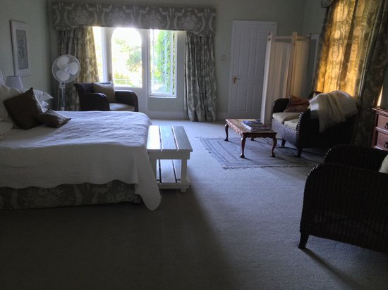 Cavers Country Guest House: Room