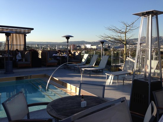 Kimpton Hotel Wilshire : Sunset on the rooftop