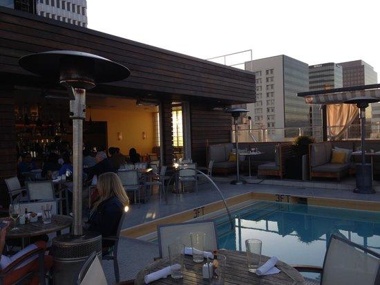 Kimpton Hotel Wilshire: Rooftop bar area