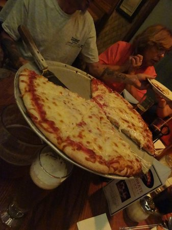 Pane's Restaurant: Pizza