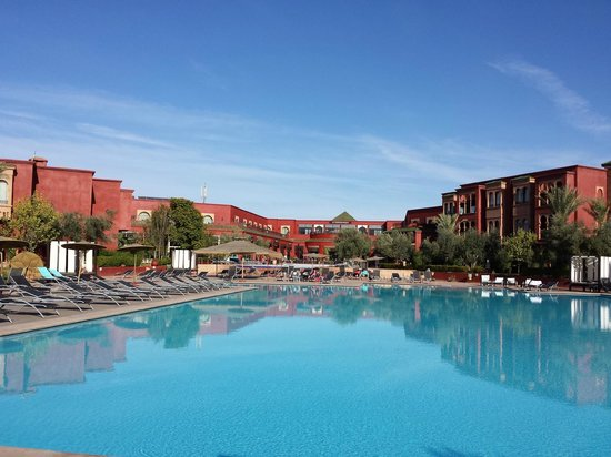 Eden Andalou Hotel Aquapark & Spa: vue hôtel depuis la piscine