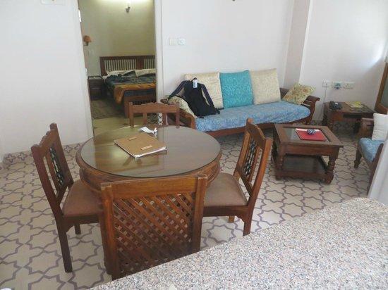 Om Niwas : Living Room