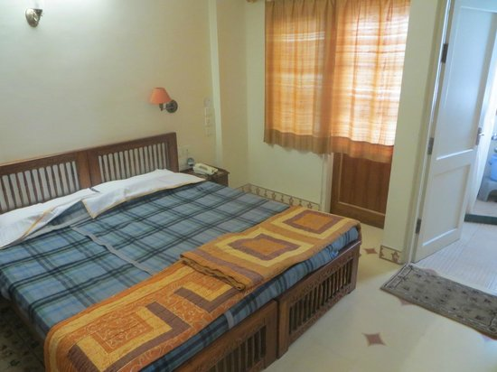 Om Niwas : Bedroom