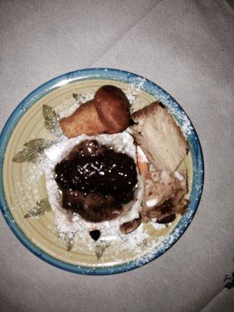 Arco dei Nobili: Dessert del cenone di San Silvestro