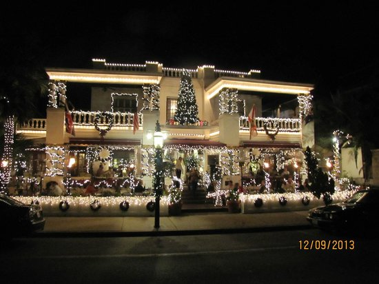 Casablanca Inn on the Bay: Decked out for Christmas