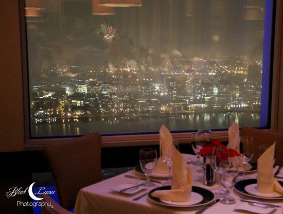 View from our table picture of top of the hub boston for Table 52 chicago tripadvisor