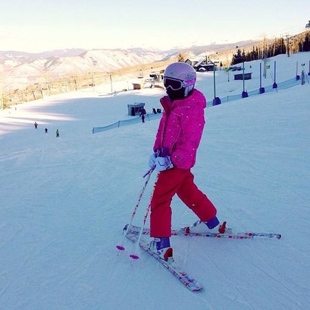 The Westin Snowmass Resort : Our Daughter skiing in Snowmass
