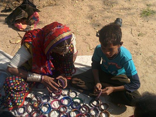 Desert Coursers - Camp Zainabad: Bangle Lady