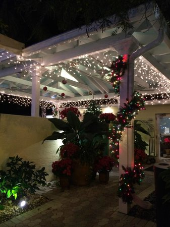 Almond Tree Inn : Almond Tree Christmas Happy Hour