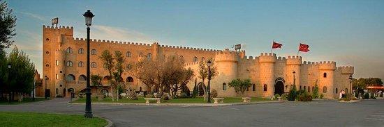 Pedrola, Spanien: Exterior