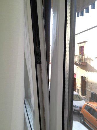 Centro 19 Hotel: La ventana