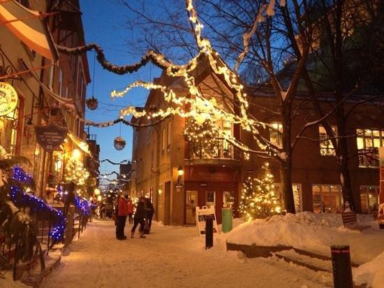 outside Le Petit Cochon Dingue Restaurant, Quebec City