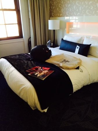 W Washington D.C.: Queen Standard Room - super clean!