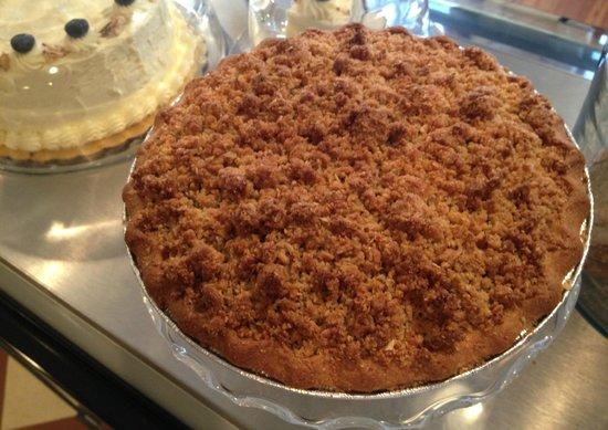 Sweet William's Bakery: Sour Cherry Crumb Pie