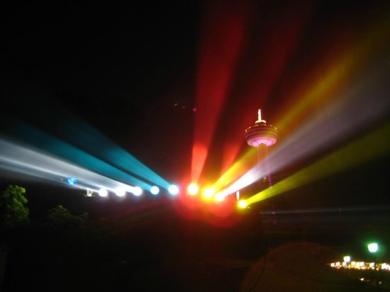 Embassy Suites by Hilton Niagara Falls Fallsview Hotel: Lighting up the Falls mist