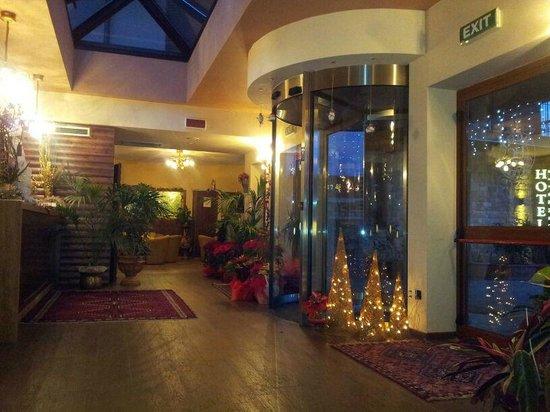 Entrata dell'Hotel Centrale
