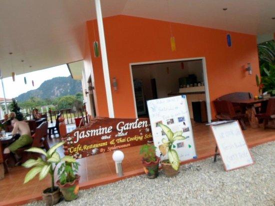 Khao Sok Las Orquideas Resort : Jasmines Garden Restaurant