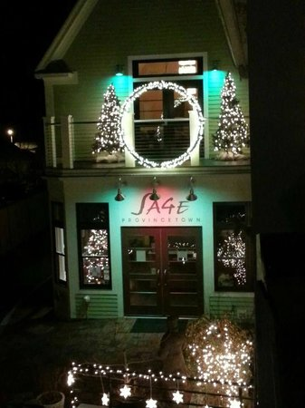 Sage Inn & Lounge : New Year's at the Sage Inn
