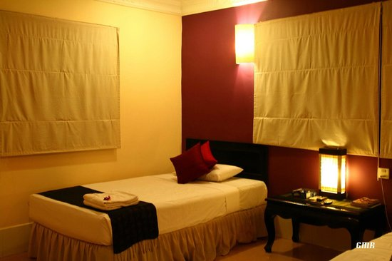 The Villa Siem Reap: You'll always find the beds re-housekept everytime you come from a tiring day tour.