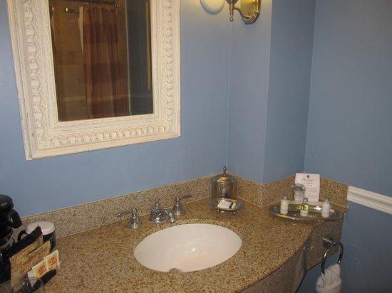 The Shores Resort & Spa: Bathroom