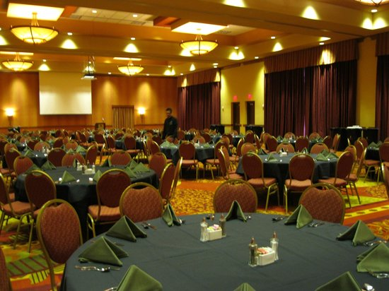 Embassy Suites by Hilton Loveland - Hotel, Spa and Conference Center: Ballroom set