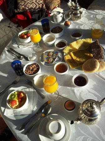 Riad Kniza: Petit dejeuner