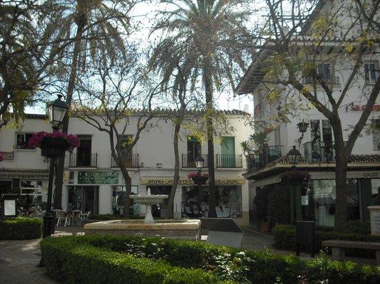 NH Marbella: 1