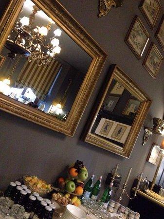 Grand Relais The Gentleman of Verona: Deliziosa colazione.
