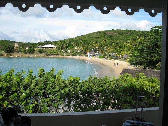 Hawksbill by Rex Resorts: Blick vom Bungalow 304 auf den Sea Grape Beach