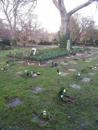 Assistenzfriedhof (Assistens Kirkegård): французская часть кладбища