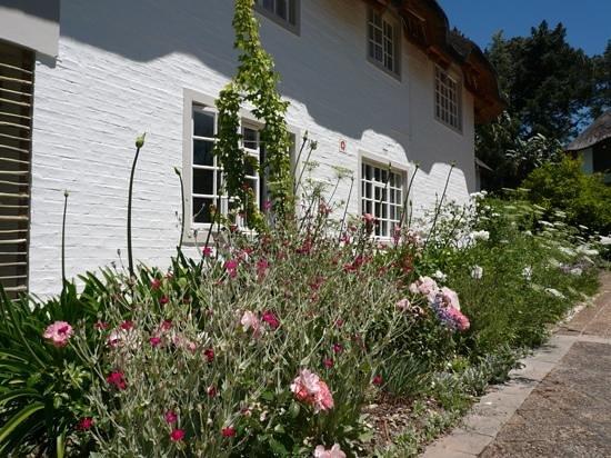 The Villas at Le Franschhoek: Stunning gardens, beautifully kept