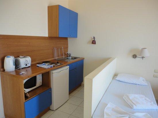 Stella Hotel: Kitchen