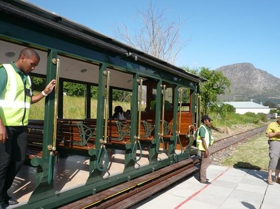 The Villas at Le Franschhoek : All aboard for the wine tour