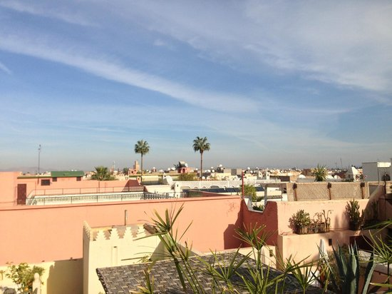 Riad Dar Thania : Overview of Marrakech form the Terrace