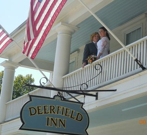 Deerfield Inn: just married
