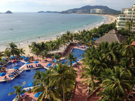 Barcelo Ixtapa: View from the 7th floor hotel room