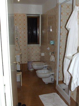 Hotel Cristallo Terminillo : il bagno
