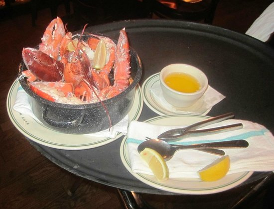 Stella's Fish Cafe : The Lobster bake