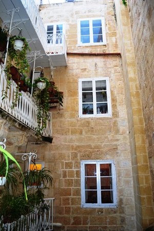 Palazzo Citta Valletta / Palazzo Valletta Suites: View from rear balcony