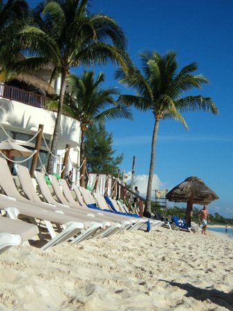 The Reef Coco Beach: Vista del comedor desde la playa