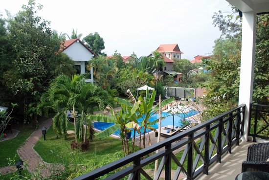 Community Residence Siem Reap : View of Pool from Balcony