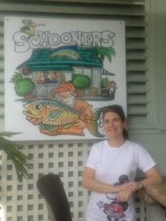 Schooners Restaurant : Entrance to Schooners