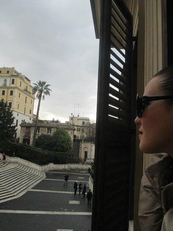 Piazza di Spagna View: affacciarsi e vedere Piazza di Spagna...Suggestivo
