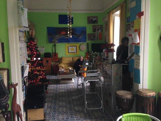 A Casa di Amici Bed and Breakfast: Reception and common room.