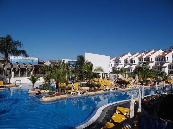 Paradise Park Fun Lifestyle Hotel: lido