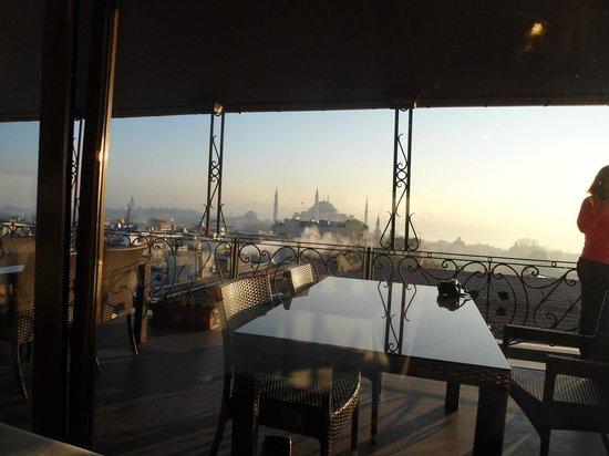 Nena Hotel : la terrace
