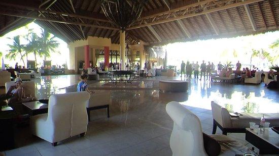 Tropical Princess Beach Resort & Spa: Recepção