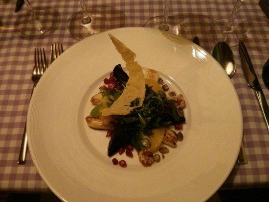 La Maddalena Restaurant: Starter based on cheese